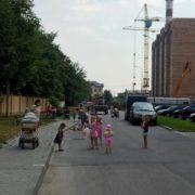 """Скандальна будівельна компанія """"Вертикаль"""" продовжує знущатися над жителями мікрорайону """"Пасічна"""" (фото+відео)"""