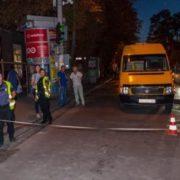 Водій маршрутки збив сім'ю з малими дітьми прямісінько на пішохідному переході, бо стомився