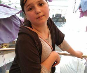 Дівчинка з Косівщини, яка перенесла інсульт, продає малюнки, щоб зібрати на лікування