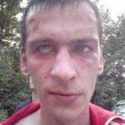 «Пропонував піти в ліс «пофотографуватися»: місцеві жителі упіймали педофіла (фото)
