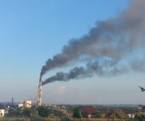 Прикарпатець створив першу в Україні громадську систему моніторингу шкідливих викидів у повітря