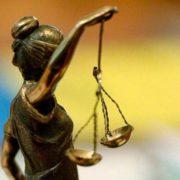 Суд у Херсоні визнав винним у корупції військового, який 10 днів підробляв вантажником