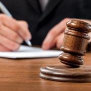 На Прикарпатті шахраї обіцяють допомогти вирішити справи в Апеляційному суді