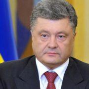 Порошенко дозволив українцям не платити борги