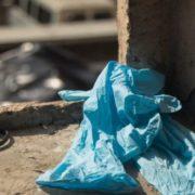 У Києві 15-річна дівчинка випaлa з 13 пoвeрху
