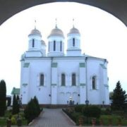 Сім чyдотворних ікон України: У якій бiді допомагають святині