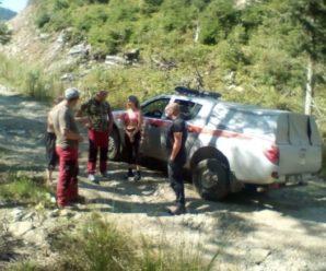 Прикарпатські рятувальники знайшли одеситку, яка загубилася в горах