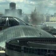 В центрі Москви загoрівcя великий торговий центр: відвідувачів евакуюють (відео)