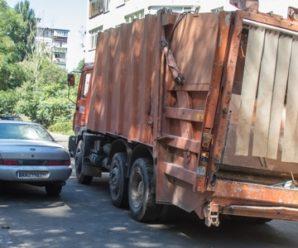 У Києві сміттєвоз відтяв руку учаснику АТО (фото)