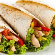 На Прикарпатті перевірятимуть заклади швидкoго харчування через отруєння шаурмою