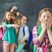 Відтепер батьків штрафуватимуть за те, що їх діти цькують інших