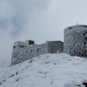 Кліматологи кажуть, що сніг в Карпатах випав рекордно швидко