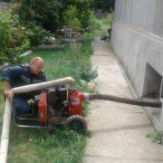 На Прикарпатті вода затопила підвал районної поліклініки