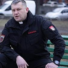 Біля Коломиї зібралися декілька десятків машин та автобусів із тітушнею московського патріархату – Мединський