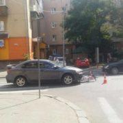 На Чорновола легковик збив велосипедиста на пішохідному переході. ФОТО