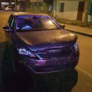 """Вночі водій """"Пежо"""" протаранив машину поліції – троє патрульних у лікарні (ФОТО)"""