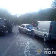 В поліції розповіли деталі ДТП на Прикарпатті, в якій постраждало п'ятеро осіб (фото)