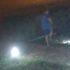У Виноградові дитина-вандал ногами збивала вуличні світильники (ВІДЕО)