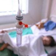 На Прикарпатті встановили причину отруєння 15 людей на поминках (відео)