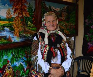 Весілля, автентичний одяг і страви: на один день Івано-Франківськ став центром гуцульської культури (фото)