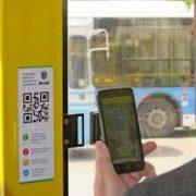 В Івано-Франківську проїзд у комунальному транспорті можна оплатити СМСкою