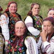 Українські бабусі підкорюють інтернет: в мережі запустили онлайн-архів українського музичного фольклору