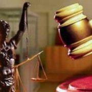 На Прикарпатті судили жінку, син якої систематично пропускав уроки