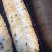 В Калуші у відомому магазині біля хлібобулочних виробів бігають таргани
