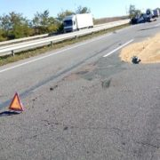 У вантажівку влетіло легкове авто: загинуло двоє людей