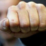 У Мукачеві п'яний чоловік вдарив поліцейського