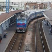 """""""Укрзалізниця"""" підвищила вартість квитків на потяги"""