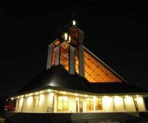 Франківців кличуть на відкриття унікального 33-метрового храму (Фото)