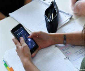 У німецьких школах планують заборонити мобільні телефони