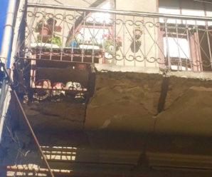 В Івано-Франківську продовжує руйнуватись пам'ятка архітектури (відео)