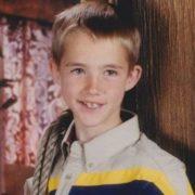 15 років назад хлопчик надіслав благодійну посилку на Філіппіни. І це круто змінило його життя