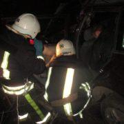 ДТП на Прикарпатті: рятувальники вирізали пасажира з автомобіля