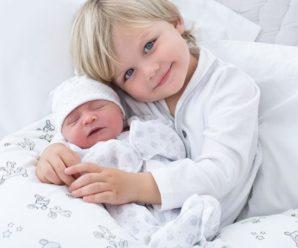 """Хлопчик з """"ангельським обличчям"""" визнаний найкрасивішою дитиною в світі (фото)"""