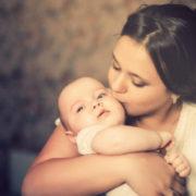 Благословення матері: Коли під серцем у Христини зародилося маленьке життя, дівчина й гадки не мала, яку біду готує їй доля