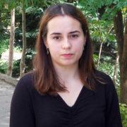 20-річна дівчина розшукує свого батька в Коломиї, якого ніколи не бачила (відео)