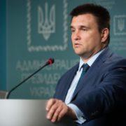 Клімкін заявив, як розмовлятиме з Сіярто про видачу угорських паспортів громадянам України