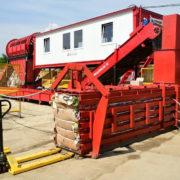 Гроші з непотребу: Сортувальна лінія у Рибному за півроку відсортувала відходів на 365 тисяч