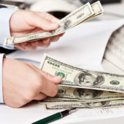 Гроші в борг: що потрібно знати тим, хто позичає гроші