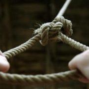 На Прикарпатті 24-річний чоловік скоїв суїцид