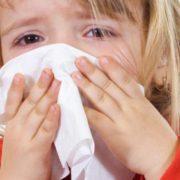 На Прикарпатті до лікарні госпіталізували понад 100 дітей з вірусним захворюванням