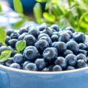 Що їсти взимку, щоб не захворіти: 8 порад дієтологів