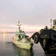 Ампутували пальці: одному із захоплених українських моряків зробили серйозну операцію