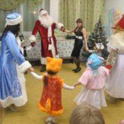 Як батько з друзями зробили синові костюм на новорічний ранок! Вихователька зі сміху присіла, зал плакав.