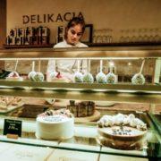 Як у Франківська з'явився іменний торт (фоторепортаж)