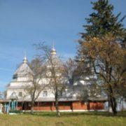 """На Коломийщині триває боротьба за """"московську"""" церкву"""