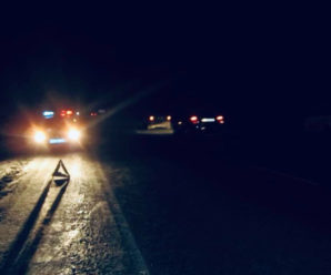 ДТП поблизу Бурштина: Вантажівка наїхала на чоловіка, – поліція просить допомогти встановити особу загиблого (фото )